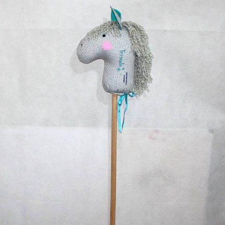 Tornade, marotte/ cheval bâton à chevaucher  2
