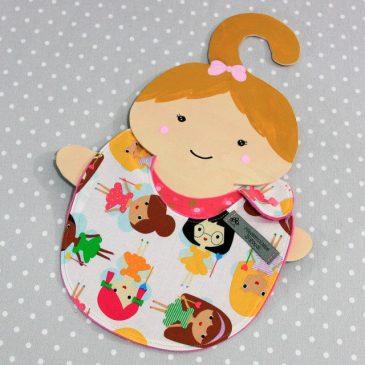 Bavoir bébé 0/8 mois thème poupée