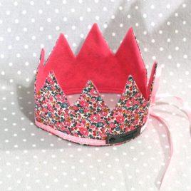 Je suis une princesse: couronne Princesse des fleurs en liberty rose fait main