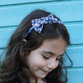 Serre-tête petit nœud/accessoire enfant liberty Ffion bleu foncé