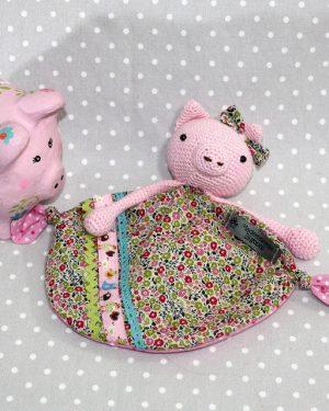 FANNY COCHONNETTE, doudou bébé, cochon au crochet fait main