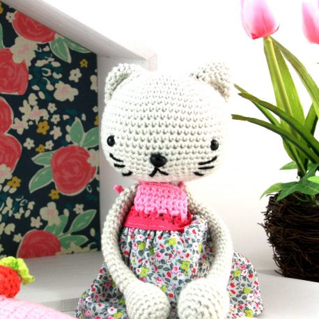 Miminette, doudou chat au crochet 2
