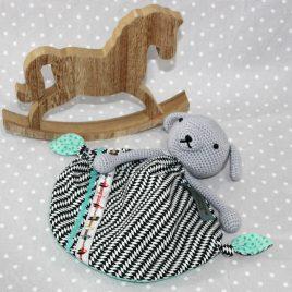 VICTOR, doudou bébé, chien au crochet fait main