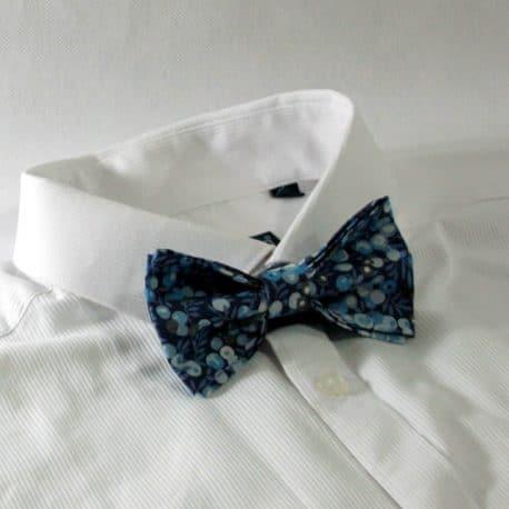 Nœud papillon pré-noué / ajustable pour homme Liberty Wiltshire bleu marine