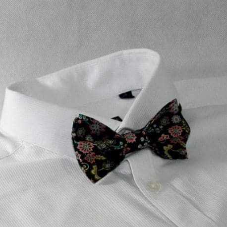 Nœud papillon pré-noué / ajustable pour homme Liberty Buds and Berries noir