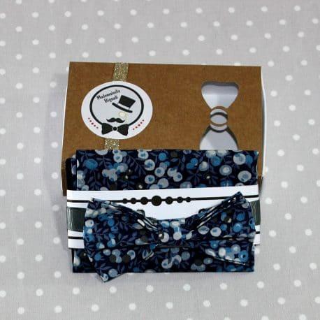 Ensemble pochette et Nœud papillon pré-noué / ajustable enfant 2 à 10 ans Liberty Wiltshire bleu marine