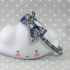 Serre-tête en tissuà fleurs bleu marine