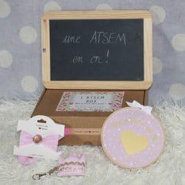 Box «Une Atsem en or» étoiles rose