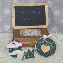 Box «Une Atsem en or» étoiles bleu canard