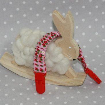 Clip attache bavette/serviette/doudou thème fraise