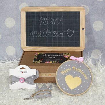 """Box """"Merci Maîtresse"""" étoiles gris"""