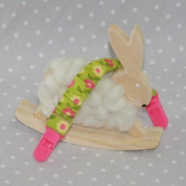 Clip attache bavette/serviette/doudou thème fleurs