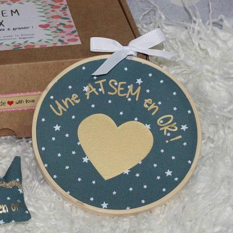 Box «Une Atsem en or» étoiles bleu canard 3